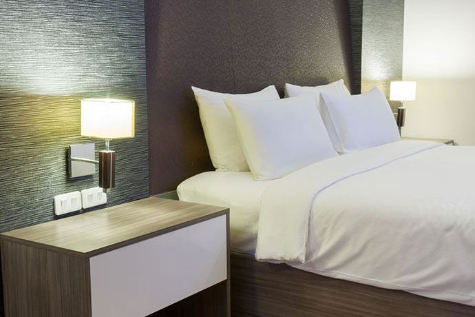 what type of mattress do hotels use